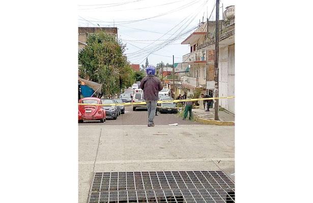 7 ejecutados y grupo armado prende fuego a casa de empeño