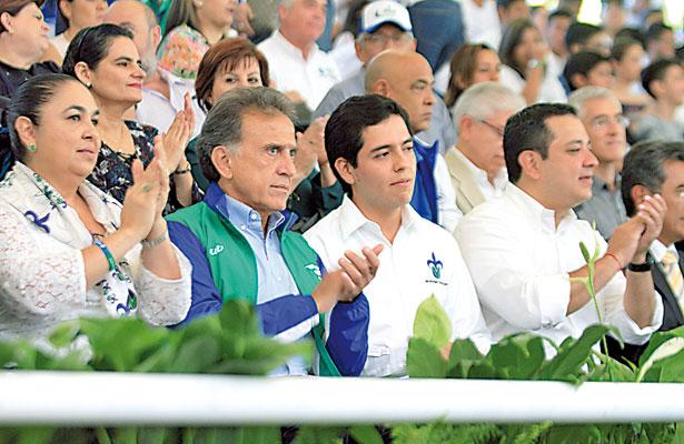 Si quieren ser gobernador, prepárense en la UV: Yunes Linares