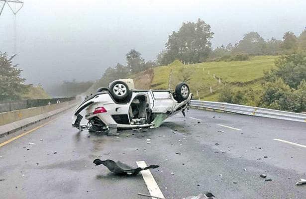 Fatal accidente dejó a joven sin vida en la autopista Perote-Puebla
