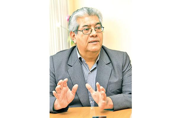 La Universidad Veracruzana perdió el rumbo: Josué Cortés