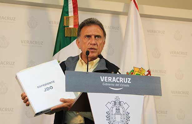 Gobernador acusa a Karime Macías  y a Édgar Spinoso