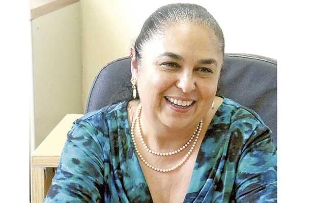 Busco permanecer para consolidar proyecto en UV: Sara Ladrón