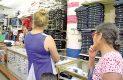 Hasta $1,800 gastarían padres de familia en uniformes de sus hijos
