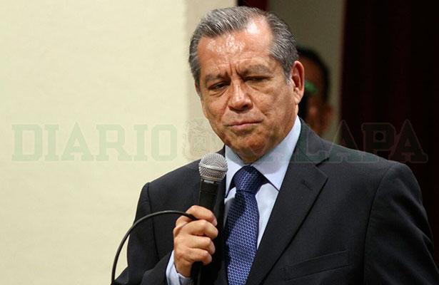 En Veracruz no se dará de baja a ningún maestro por la Reforma Educativa: Enrique Pérez