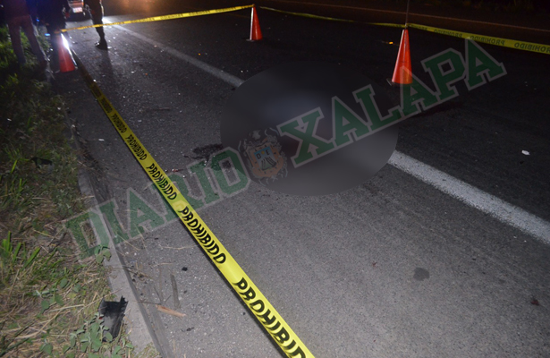 Fallece motociclista en accidente carretero