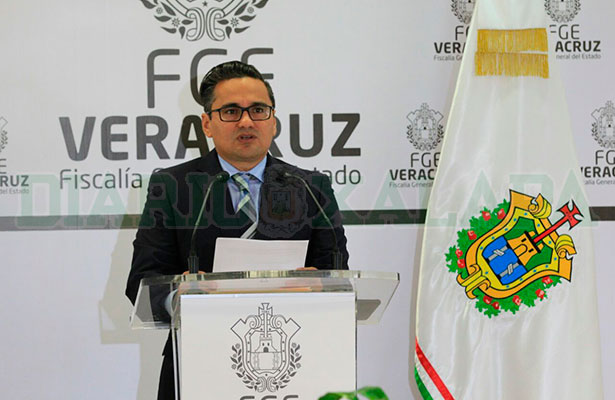 Suspensión de órdenes no anula proceso contra Javier Duarte: FGE