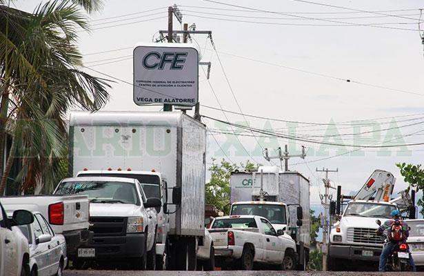 Sin energía eléctrica, comunidades desde  Emilio Carranza a Costa Esmeralda