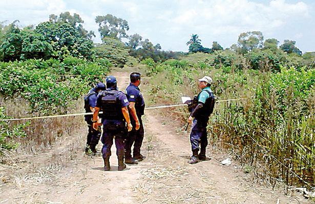 7 ejecutados, ayer; 2 cuerpos fueron hallados dentro de una camioneta
