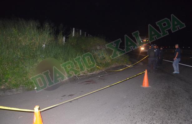 Muere hombre apuñalado en la carretera Xalapa-Cardel