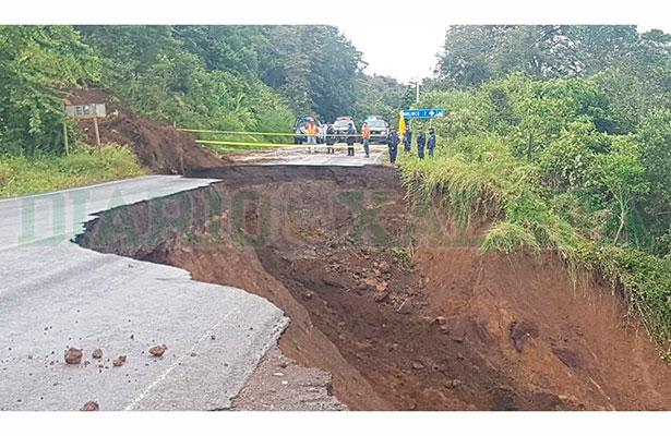 Se derrumba la carretera Xalapa-Naolinco