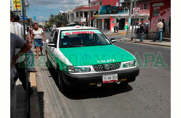 Matan a tiros a taxista en la Carolino Anaya, en Xalapa