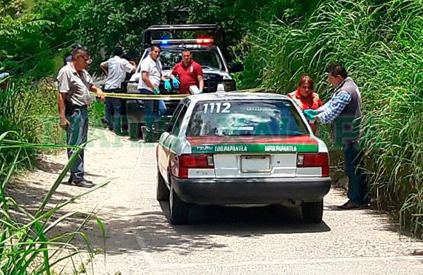 Un hombre y una mujer ejecutan a taxista en camino de terracería