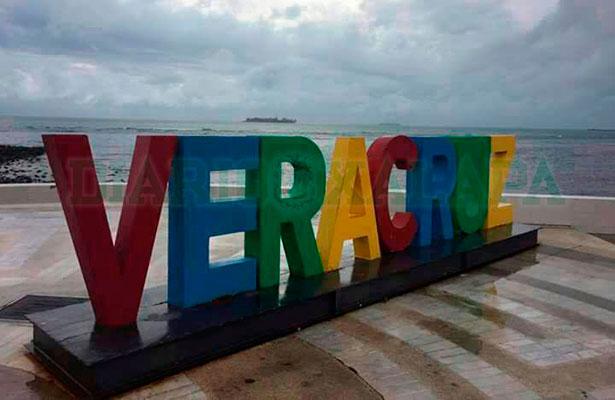 """Así está el puerto de Veracruz horas antes de la entrada de """"Franklin"""""""