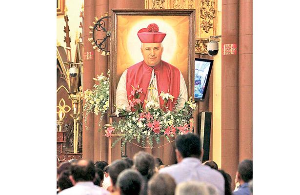 Santo muy venerado; miles celebran ya a Rafael Guízar y Valencia