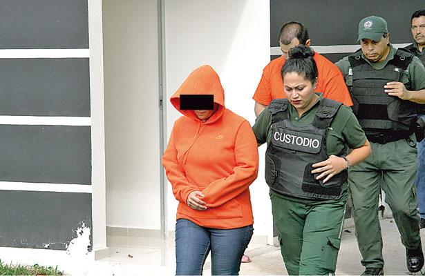 Novia de exdirector de penales narra su versión sobre desaparición de joven