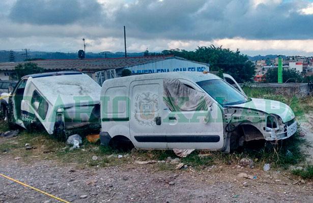 Fallece hombre dentro de coche chatarra en la Rafael Lucio