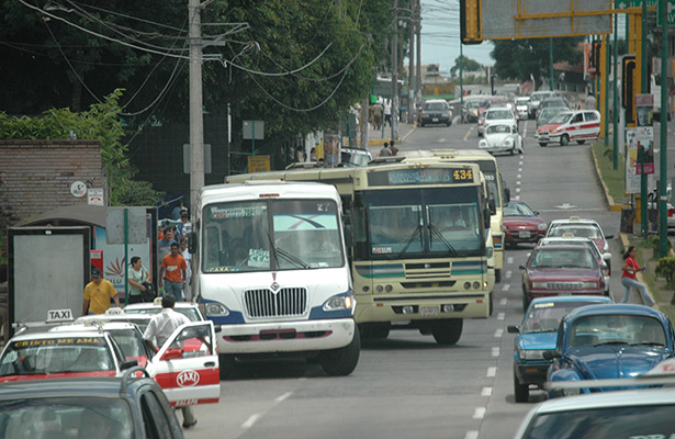 Por eso no cabemos: habría un vehículo por cada 5 xalapeños