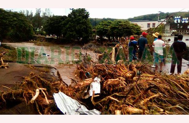 Reubicarán a 37 familias de Santiago Tuxtla por habitar en zona de riesgo