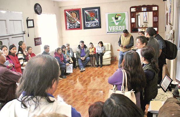 Tras el secuestro de dos maestras; exigen presencia de Marina y Ejército