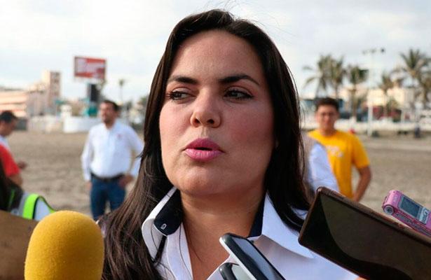Por proyectos personales renunció Balmori Durazzo