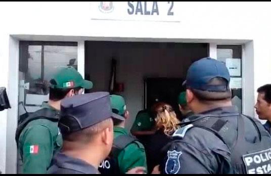 Detienen a siete personas ligadas al extitular de la SSP