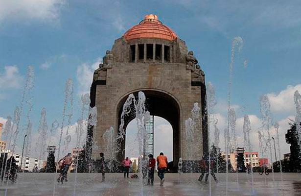 Historiadores defienden trascendencia de la Revolución Mexicana