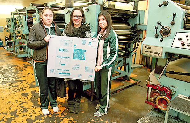 Estudiantes se adentran en producción de Diario de Xalapa
