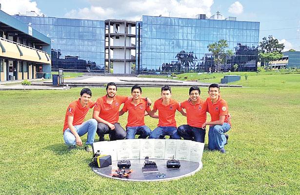 Jóvenes veracruzanos representan a México en mundial de robótica