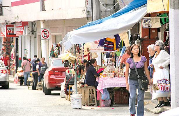 Que paguen cuota los ambulantes, exigen al Ayuntamiento de Xalapa