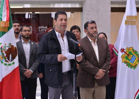 Allanan domicilio del diputado Fernando Kuri en Xalapa