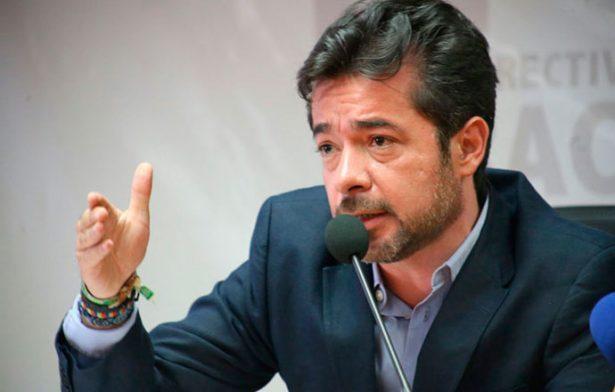 Heredar poder a hijo de gobernador es una imposición: Marco Antonio del Ángel