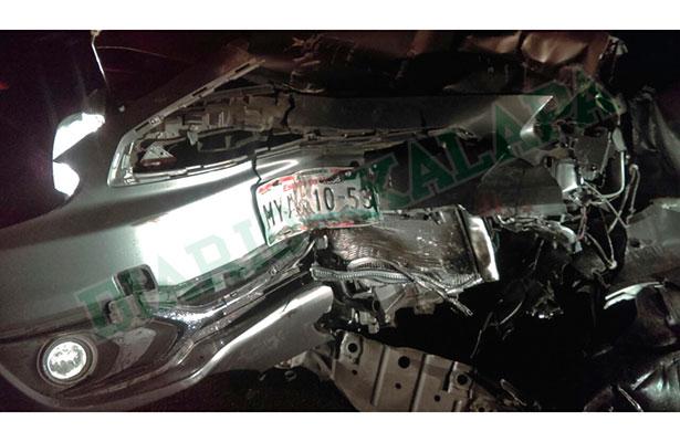 Viajaba de Toluca a Xalapa y tuvo fuerte accidente en la autopista de Perote