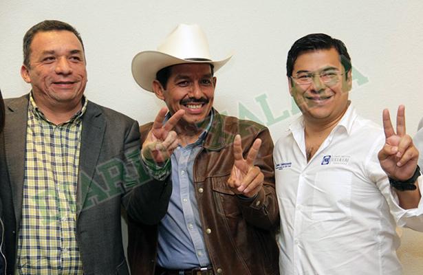 Renato Tronco se suma al Frente por Veracruz; apoya a Yunes Márquez