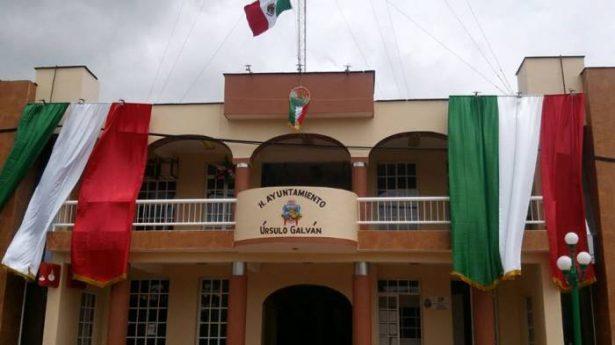 Ediles de Úrsulo Galván informan del delicado estado de salud del presidente municipal