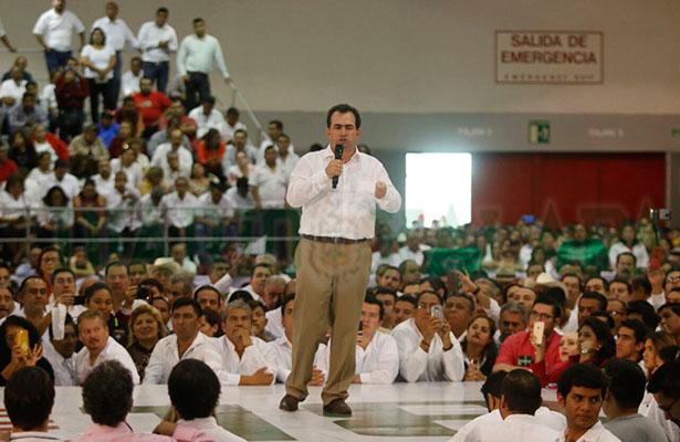 """""""Veracruz sobrevive a una profunda crisis económica y de violencia"""": Yunes Zorrilla"""