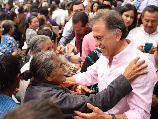Otras 100 mil familias son incorporadas al programa Veracruz Comienza Contigo