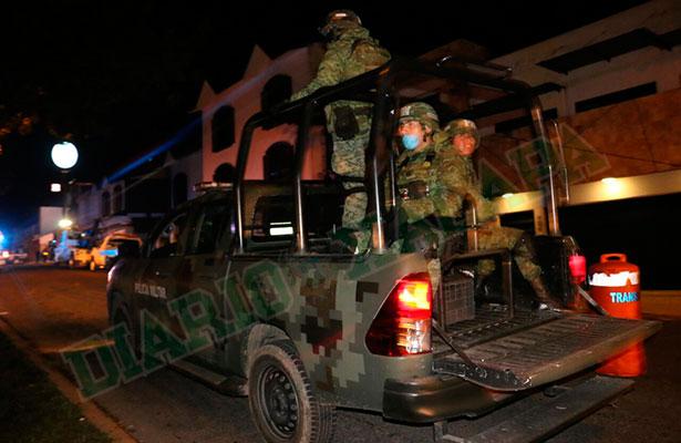 Operativo de alcoholímetro, reforzado por la Policía Militar, en Xalapa