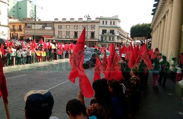 Antorcha Campesina realiza manifestaciones simultáneas en el estado