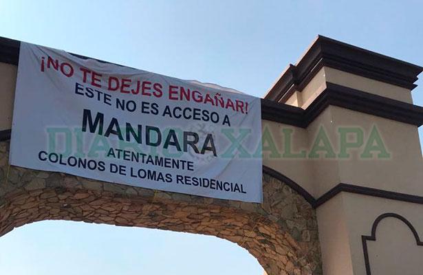 Residentes de la Riviera Veracruzana bloquean carretera de Antón Lizardo