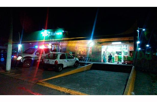 Tres asaltantes roban supermercado sin realizar disparos