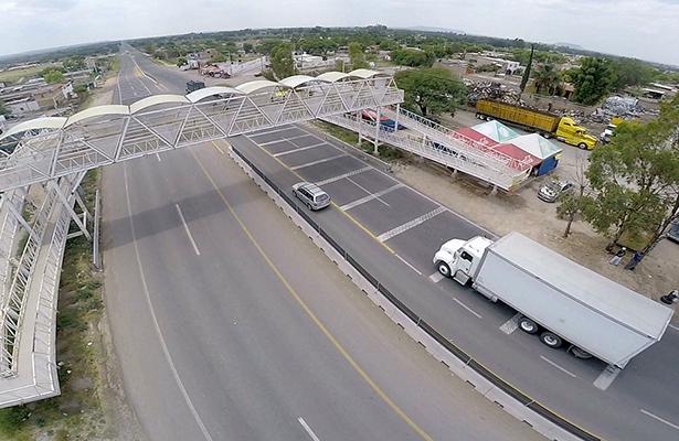 Aumentan 3.9% las tarifas de las carreteras operadas por Capufe