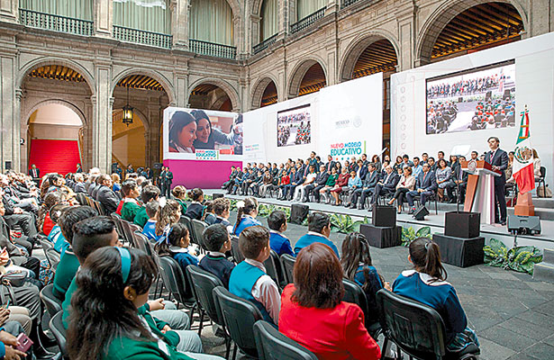 Nuevo Modelo Educativo, responsabilidad de todos: EPN