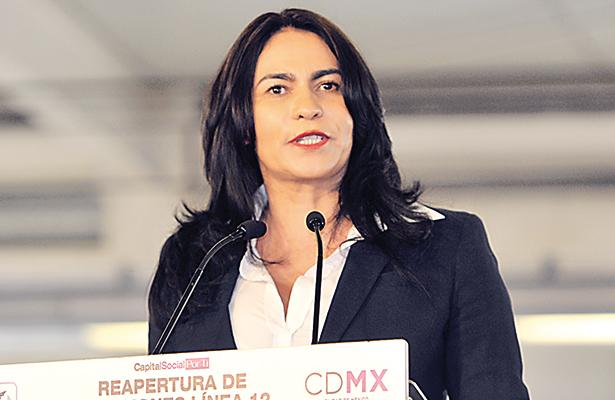 Dione Anguiano supervisa la reinstalación del tianguis de San Juan