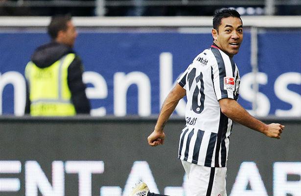 Marco Fabián vive días complicados en la Bundesliga