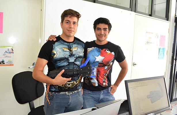Estudiantes de Corregidora desarrollan robótica para rehabilitación física