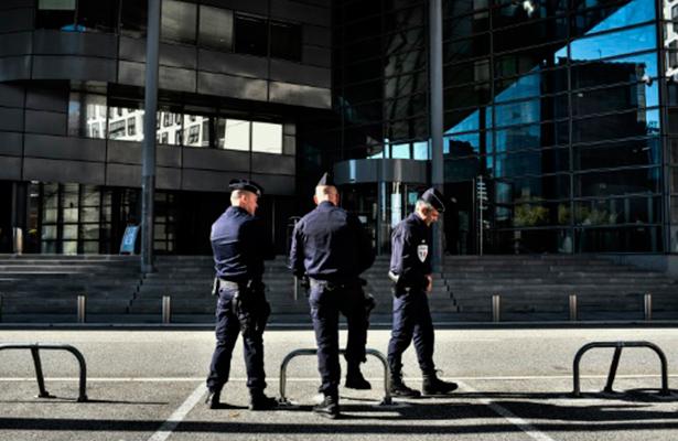 Al menos ocho heridos en tiroteo dentro de escuela secundaria en Francia