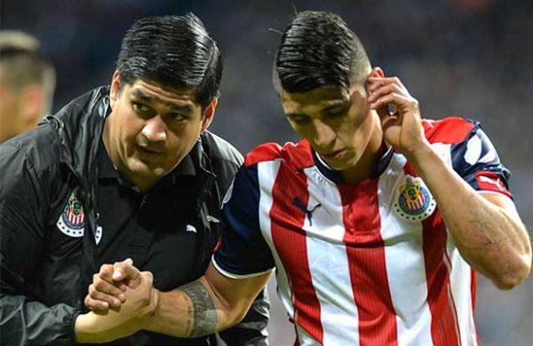 Alan Pulido ¿se va de Chivas?
