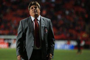 Miguel Herrera critica la actitud de los árbitros