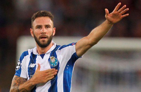 Miguel Layún con futuro incierto en el Porto