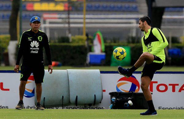 Edson Álvarez y Cecilio Domínguez, novedades en práctica de América